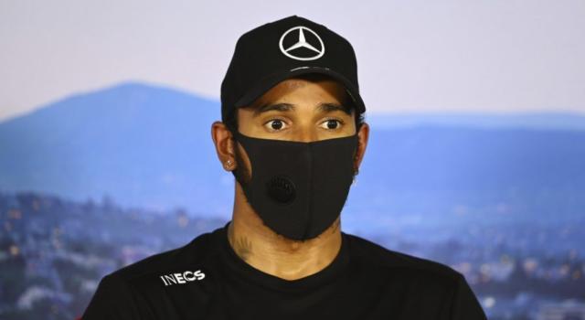 """F1, Lewis Hamilton sul suo futuro: """"Tra pochi giorni ci saranno le trattative"""""""
