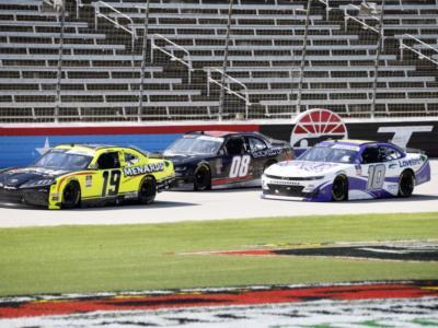 NASCAR Xfinity Series, Brandon Jones vince all'overtime in Kansas