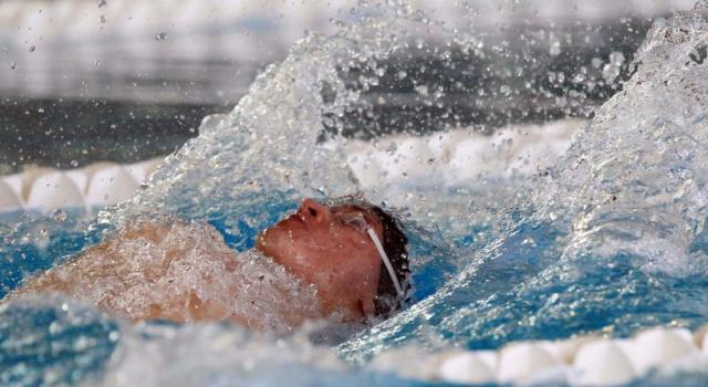 Nuoto, Assoluti invernali 2020: i risultati delle serie lente (18 dicembre). Pochi spunti nelle gare mattutine, si attende lo show nel pomeriggio