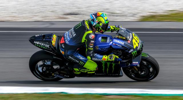 MotoGP, risultati FP1 GP Andalucia 2020: Valentino Rossi torna a ruggire! 2° alle spalle di Vinales, ottimo Morbidelli