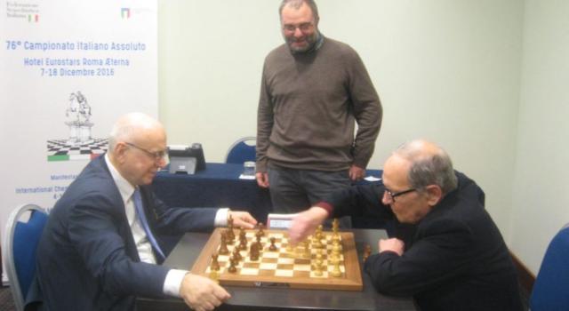 """Michele Godena, scacchi: """"Giocare il Mondiale 2000, pur con quel format, fu emozione grandissima. Ricordo con piacere Caruana giovane"""""""