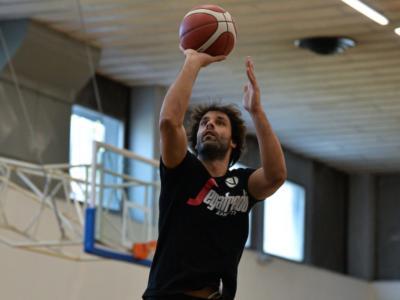 LIVE Cremona-Virtus Bologna 66-87, Supercoppa basket DIRETTA: debutto vittorioso delle V nere al PalaRadi