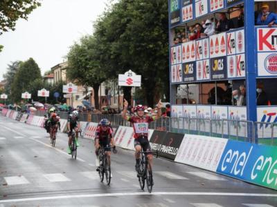 Giro d'Italia U23 2020: Colnaghi serve il bis a Mordano. Battuto uno scatenato Tom Pidcock