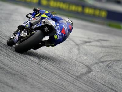 MotoGP, warm-up GP Europa 2020: Joan Mir è il più rapido sull'asciutto. 7° Franco Morbidelli, indietro Valentino Rossi