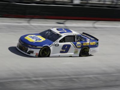 NASCAR Cup Series, Chase Elliott padrone del Roval. Kyle Busch eliminato dai Playoffs