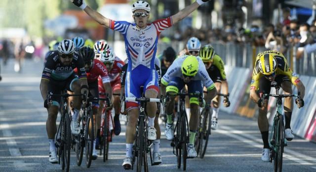 Ordine d'arrivo Giro d'Italia 2020, risultato di oggi: Demare vince di un soffio in volata su Sagan e Ballerini