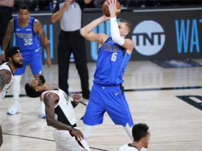 NBA, Kristaps Porzingis costretto a saltare anche gara-5 contro i Clippers per un infortunio al ginocchio destro