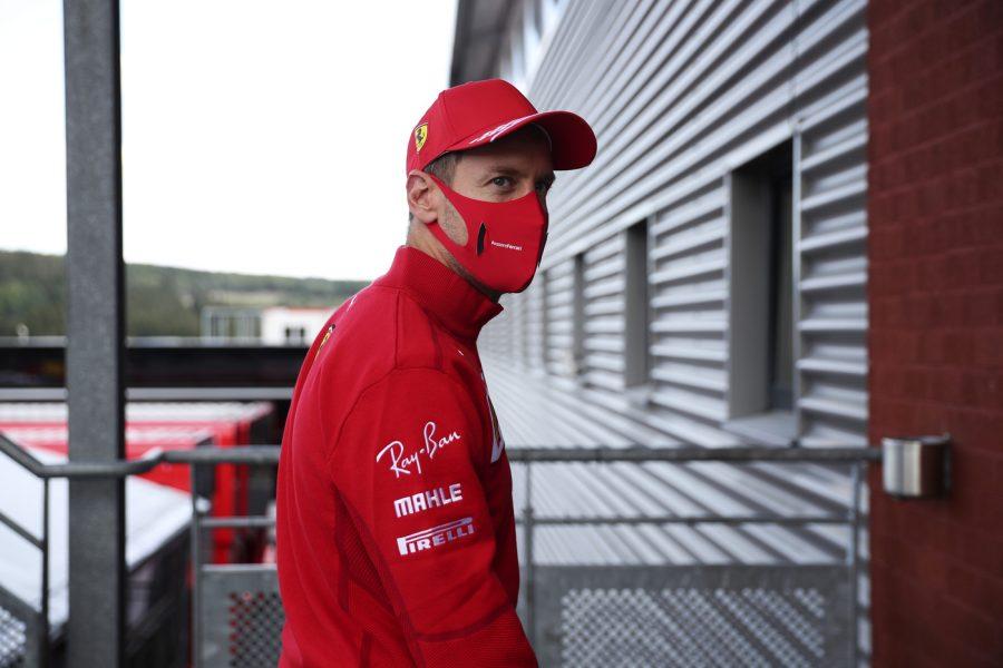 F1 |  Sebastian Vettel fa la prova sedile con Aston Martin |  primo incontro con la nuova squadra