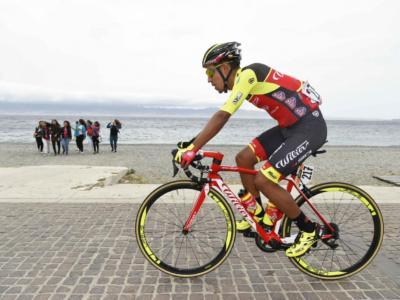 Ciclismo, l'esplosione di Daniel Martinez: chi è il vincitore del Giro del Delfinato? Giovane scalatore colombiano