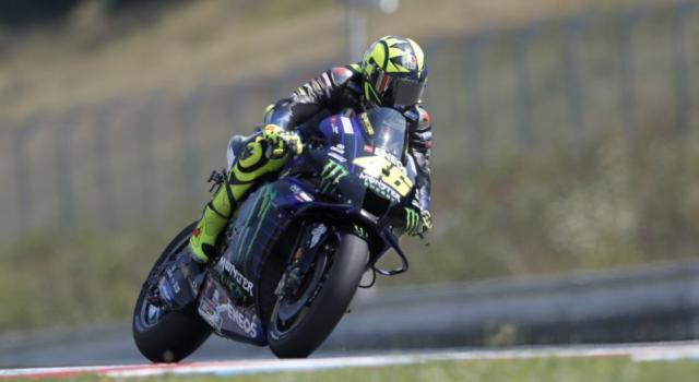 LIVE MotoGP, GP Brno in DIRETTA: Marc Marquez salta l'Austria. Valentino Rossi in grande crescita