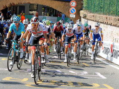 Quali corse saranno in contemporanea al Giro d'Italia: Liegi, Fiandre, Roubaix, Vuelta e non solo… Il calendario completo