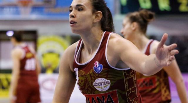 Basket femminile, Serie A1 2020-2021: la Reyer Venezia vince facilmente anche contro Costa Masnaga, San Martino di Lupari supera Sassari