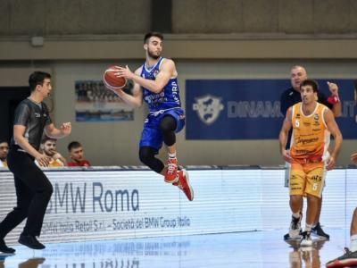 LIVE Dinamo Sassari-Pesaro 78-81, Supercoppa Italiana basket in DIRETTA: vince la VL, ma il Banco va alle Final Four!