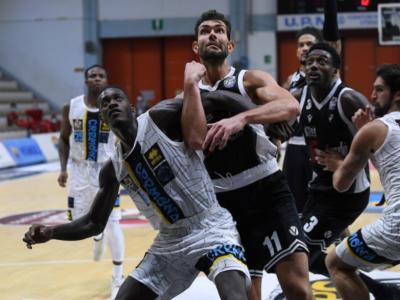 LIVE Virtus Bologna-Cremona 79-56, Supercoppa Italiana basket DIRETTA: dominio V nere, Teodosic e Tessitori mattatori