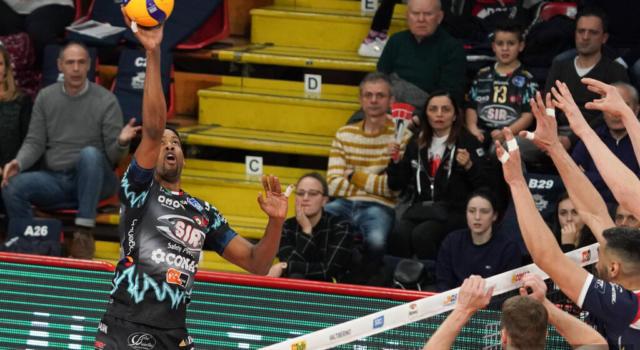 Volley, Perugia vince la Supercoppa Italiana! Leon da 31 punti batte Civitanova al tie-break dopo la mezzanotte