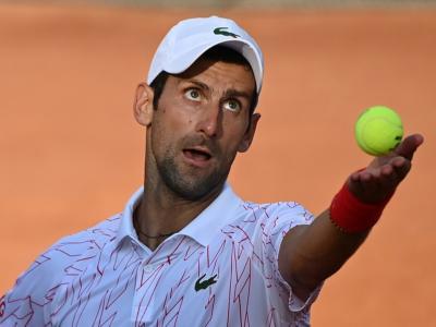 LIVE Djokovic-Schwartzman 7-5 6-3, Finale Internazionali Roma in DIRETTA: il serbo conquista il quinto titolo al Foro Italico