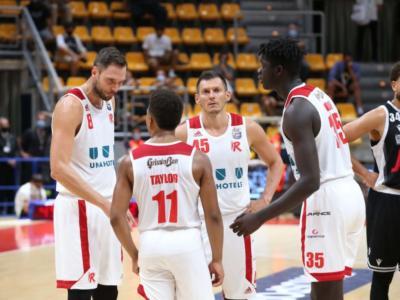 Basket, Supercoppa Italiana 2020: Reggio Emilia manda al tappeto la Fortitudo. Decisiva la tripla di Kyzlink