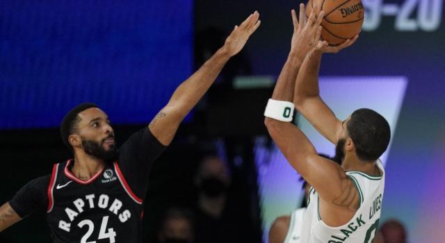 NBA Playoff 2020: Boston surclassa Toronto in gara-5 e vola sul 3-2. I Clippers superano Denver nel finale