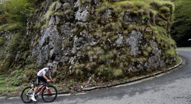Tour de France, la tappa di oggi Clermont-Ferrand – Lione: percorso, favoriti, altimetria. Frazione da fughe, salite dure all'inizio