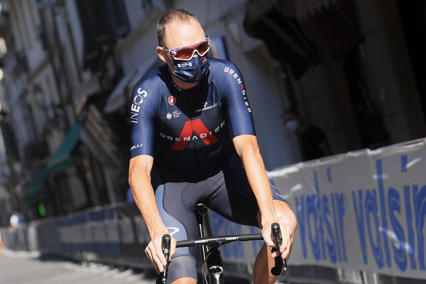 Vuelta a España 2020, Chris Froome sprofonda in avvio: 11 minuti di ritardo! Il britannico non è più tornato dopo il brutto infortunio