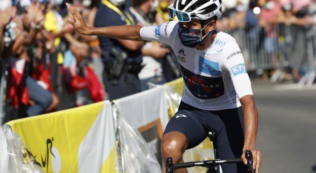 Tour de France 2020, Egan Bernal alza bandiera bianca ed esce di classifica. Le cause della debacle