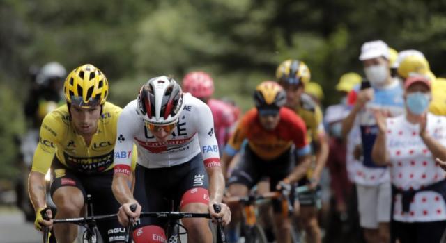 DIRETTA Tour de France, Grenoble-Meribel LIVE: Lopez sul podio della classifica generale. Tattica suicida di Landa, Roglic vede la vittoria