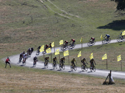 Tour de France 2021, il montepremi a confronto con il Giro d'Italia. Netta differenza tra maglia rosa e gialla