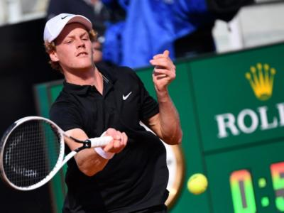 VIDEO Jannik Sinner-Herbert 2-0, highlights e sintesi. L'azzurro vola ai quarti di finale dell'ATP 250 di Colonia