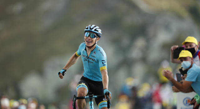 Ciclismo, la Movistar conferma l'arrivo di Miguel Ángel López! Il colombiano ha firmato un contratto annuale