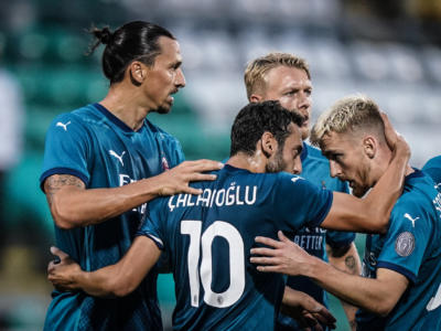 Shamrock Rovers-Milan 0-2, rossoneri avanti nei preliminari di Europa League. Ibrahimovic e Calhanoglu a segno