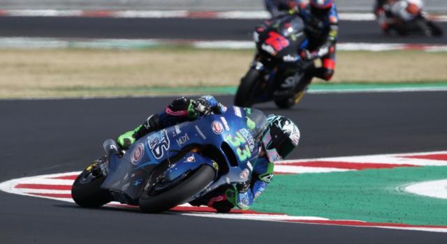LIVE Moto2, GP Valencia 2020 DIRETTA: Di Giannantonio butta la vittoria all'ultimo giro, ringrazia Martin! Bastianini vede il titolo