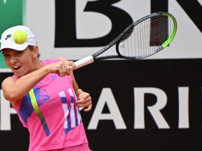 Internazionali d'Italia 2020, primo trionfo per Simona Halep! Si ritira in finale Karolina Pliskova