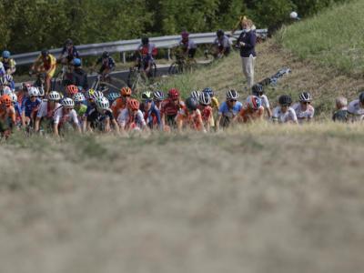 Ciclismo, Mondiali 2020: cavalcata memorabile per Anna van der Breggen, Elisa Longo Borghini splendido bronzo