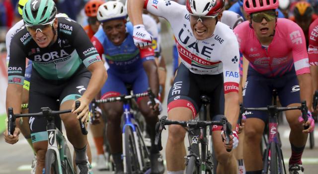 Ciclismo, BinckBank Tour 2020: annullata la tappa odierna per le restrittive legate al Covid, cancellati i passaggi in Olanda