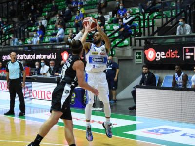 Basket, Serie A: Treviso rischia, ma supera Trento nel finale e mette il sigillo sull'esordio