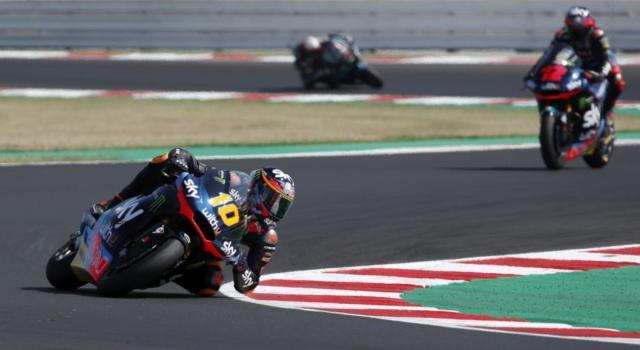 Moto2, risultati warm-up GP Portogallo 2020: Schrotter è il più veloce, ottimo 3° Marini. 9° Bastianini, grande sofferenza per Lowes