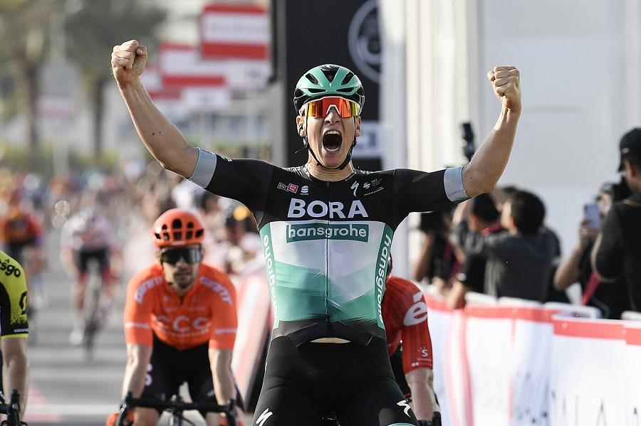 Vuelta 2020, tappa 6. Crisi Roglic: Carapaz nuova maglia rossa. Classifica e risultati
