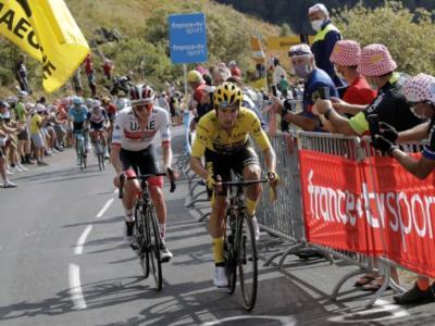 LIVE Tour de France in DIRETTA: Pogacar vince, Roglic amministra. Crolla Bernal: la nuova classifica