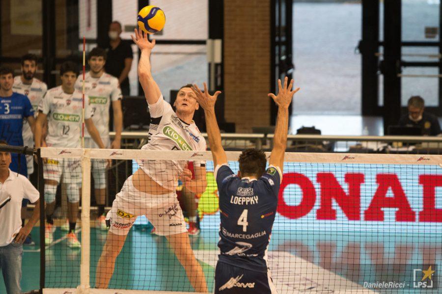 Volley    SuperLega    Padova espugna Verona e risale la classifica    Toncek Stern da 31 punti