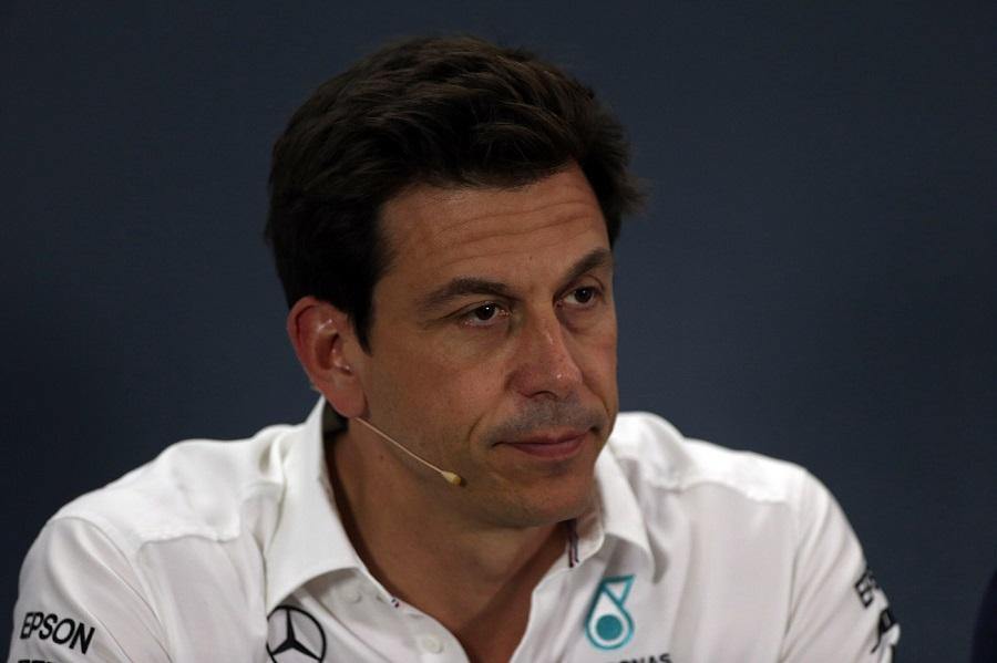 """F1, Toto Woff: """"Attacchi isterici di Red Bull, Hamilton definito un amatore"""""""