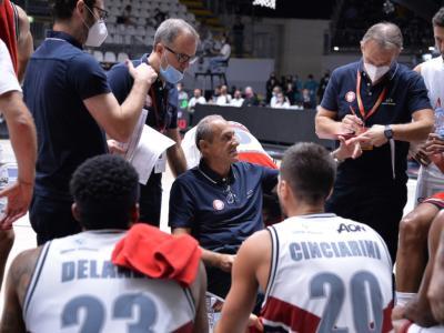 Basket: quali partite rischia di saltare l'Olimpia Milano dopo la positività dei giocatori?