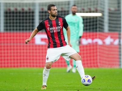 Calcio, Serie A 2020/2021: Léo Duarte positivo al Covid-19, negativi gli altri giocatori