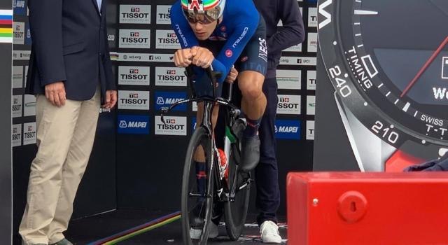 Ciclismo, Filippo Ganna li schianta tutti! Campione del mondo della cronometro, primo oro azzurro! Impresa eroica a Imola!