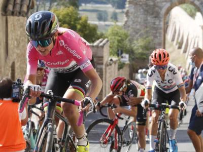 Giro Rosa 2020, settima tappa: vince Lotte Kopecky in volata. Brutta caduta per la Maglia Rosa Annemiek Van Vleuten