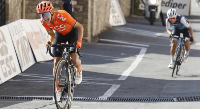 Giro Rosa 2020, terza tappa: Marianne Vos trionfa ad Assisi. Terza Elisa Longo Borghini