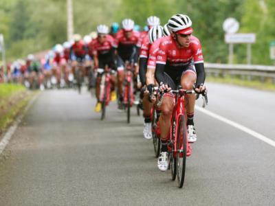 VIDEO Vuelta a España 2020, highlights tappa di oggi: Cort vince, Roglic 2° e rafforza la maglia rossa!