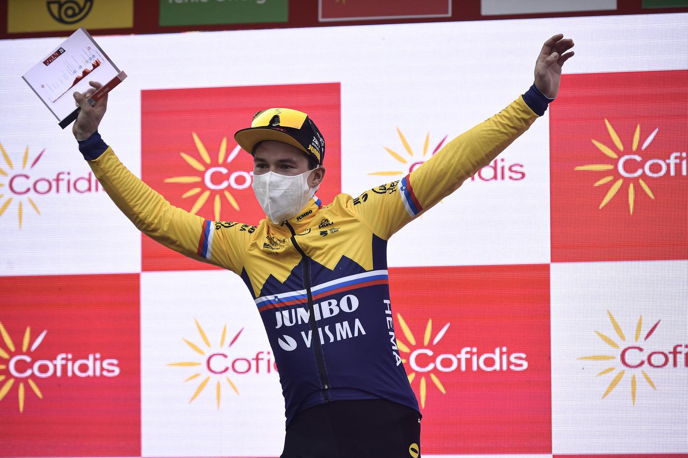 VIDEO Vuelta a España 2020, highlights tappa di oggi: Roglic vince in salita, battuto Carapaz