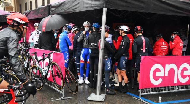 Giro d'Italia 2020, pagelle di oggi: la brutta immagine del gruppo oscura il capolavoro di Josef Cerny