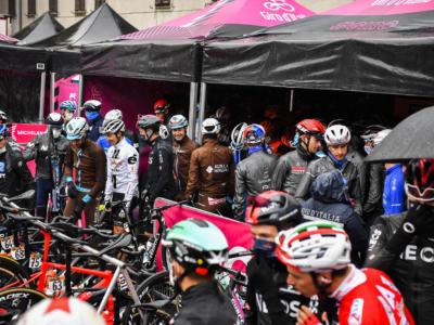 Giro d'Italia 2020: lettera dei ciclisti per giustificare la polemica di Morbegno