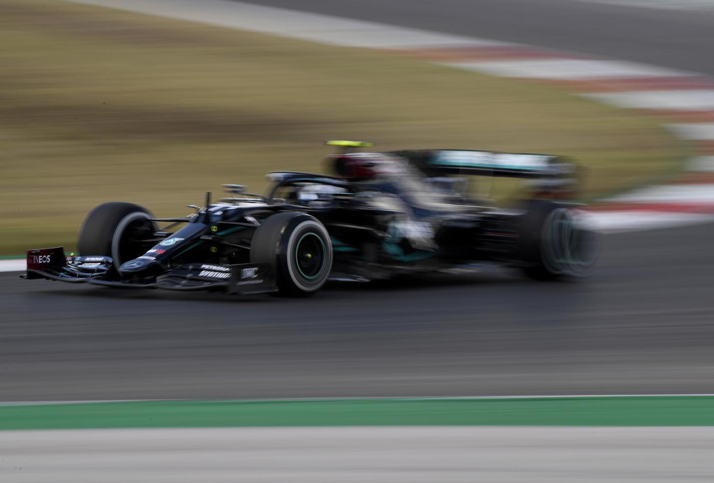F1, FP3 GP Portogallo 2020: Valtteri Bottas è sempre il più veloce. Charles Leclerc è 6° e Sebastian Vettel 11°